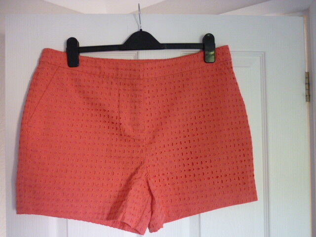 BODEN PIPPA SHORTS BROIDERIE SHORTS in CORAL REEF. US 12 BNWT