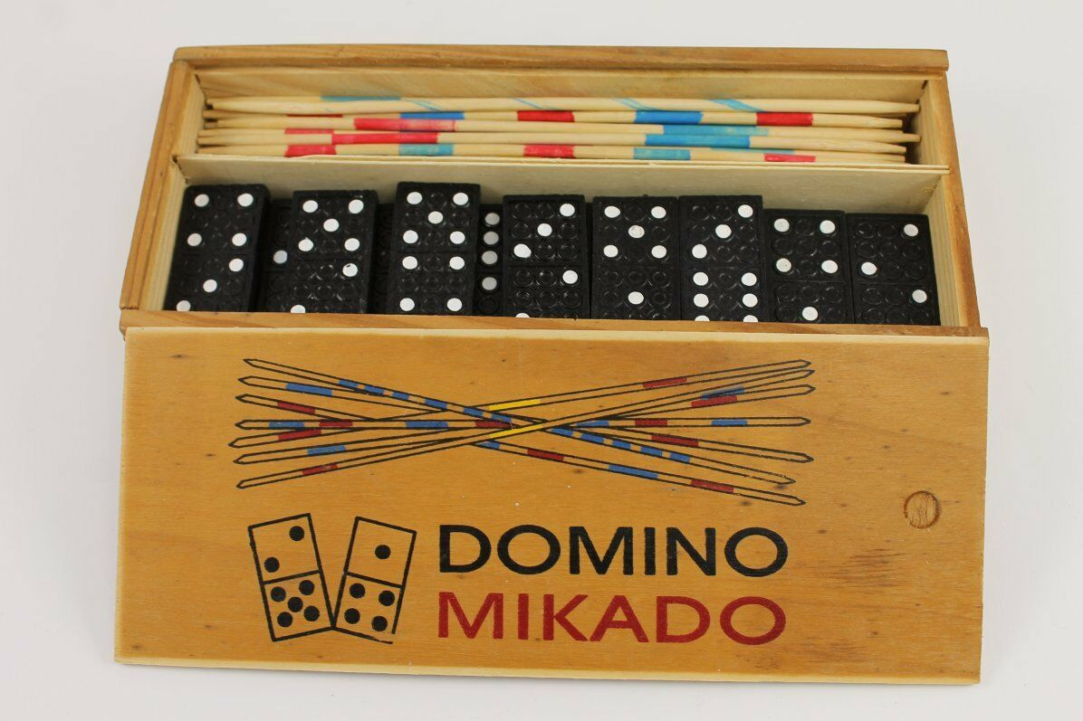 Vintage Domino MIKADO DE PANNEKOEKENBAKKER In Wooden Box Holland