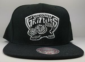 07cd27b213d Image is loading Memphis-Vancouver-Grizzlies-Mitchell-amp-Ness-Vintage -Solid-