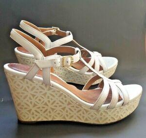 Clarks Artisan Women's Wedge Sandal