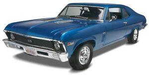 Revell-1969-Chevy-Nova-SS-1-25-scale-plastic-model-car-kit-new-2098
