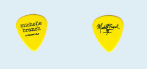 Michelle-Branch-2002-Spirit-Room-tour-Black-on-Yellow-Pop-logo-Guitar-Pick-Pic