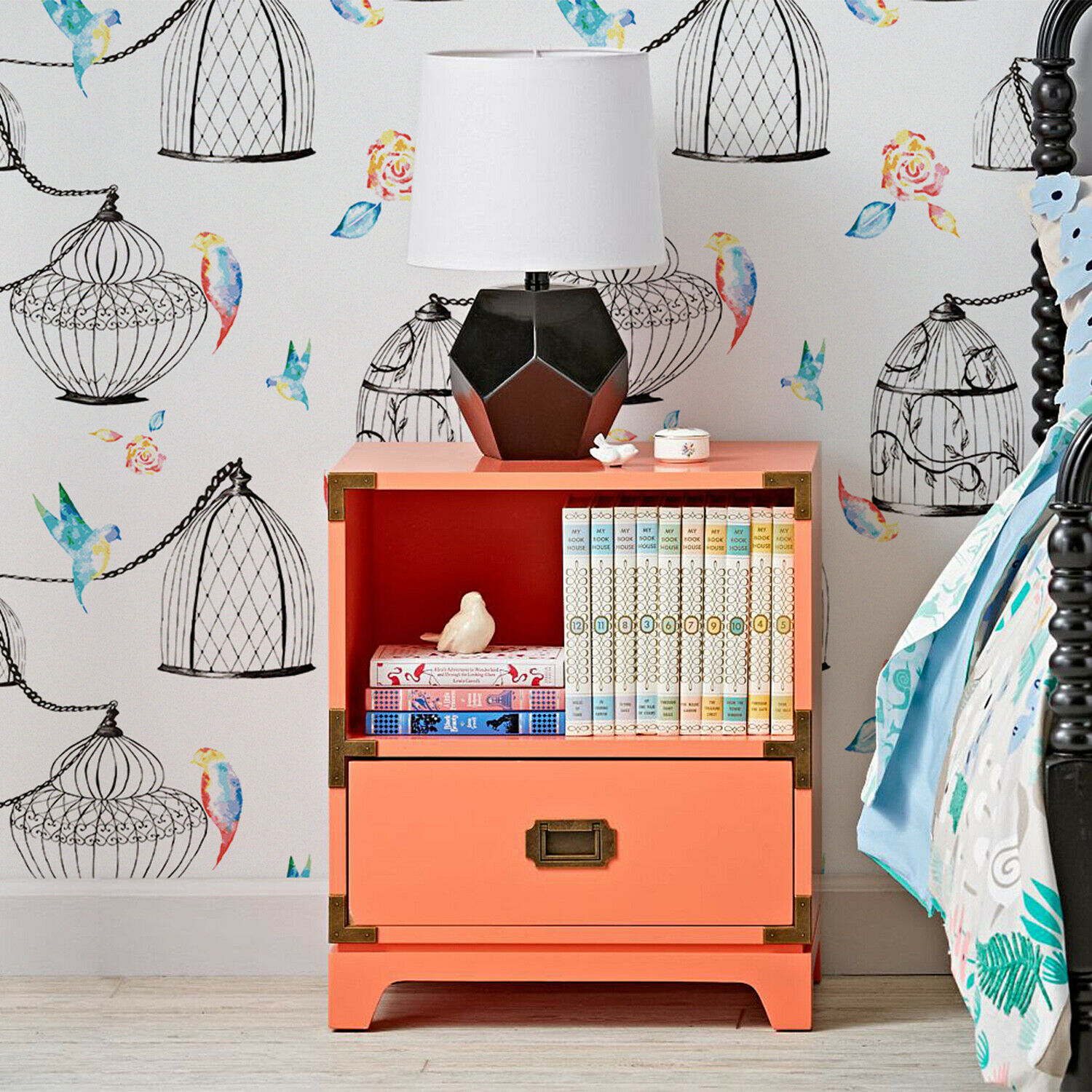 Non-Woven wallpaper  Birdcages with waterFarbe birds Soft for nurseries Mural
