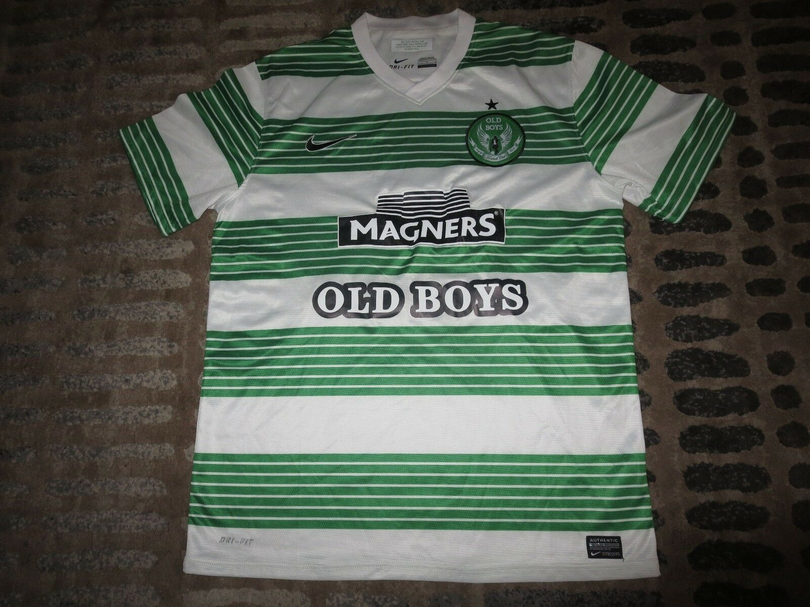 The Celtic Football Club Old Boys Wayne Soccer nike Jersey LG L mens