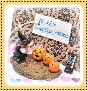 Wee-Forest-Folk-M-226-Pumpkin-Serenade-Retired-Witch-Mouse-Halloween-1997