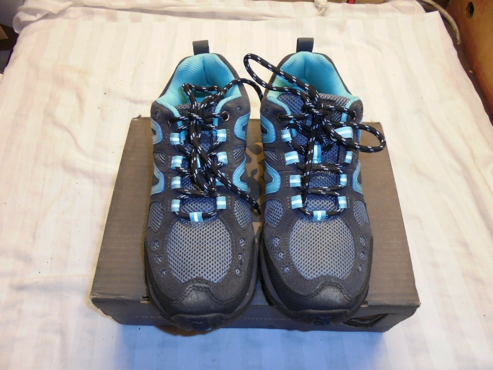 Browning WOMENS Delano Trail shoes Size 8 Hiking walking