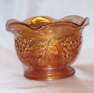 Vintage Imperial Carnival Glass Marigold Grape Ruffled Bowl Z24