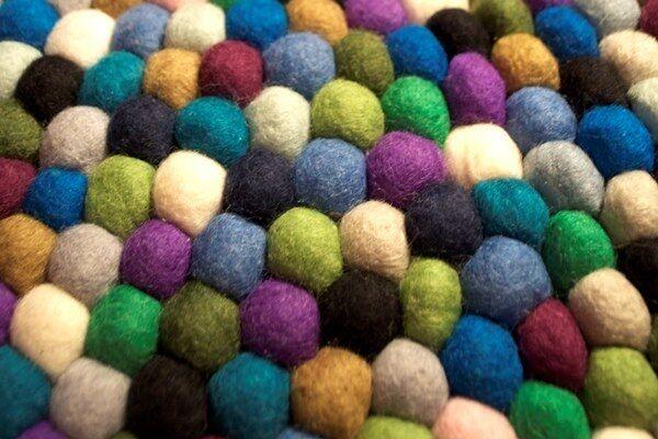FELT BALLS 1cm 10mm x 1000 pieces />MIX OF COLORS OR CHOOSE EACH BALL