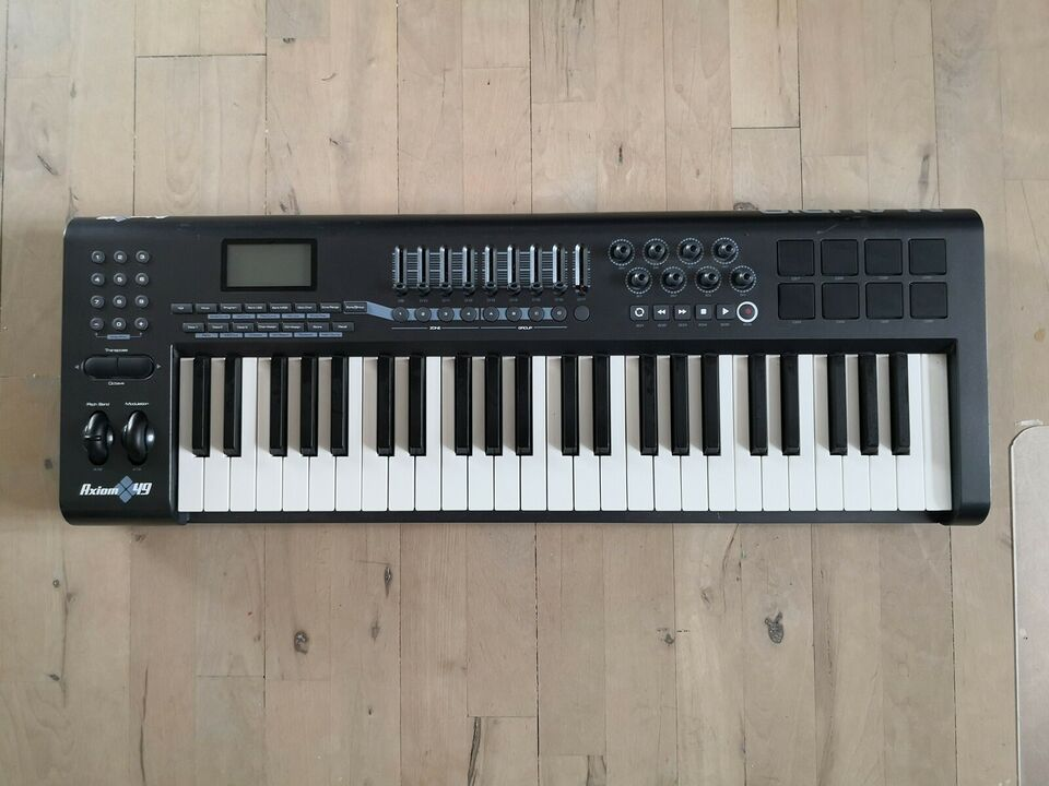 Midi keyboard, M-Audio Axiom 49