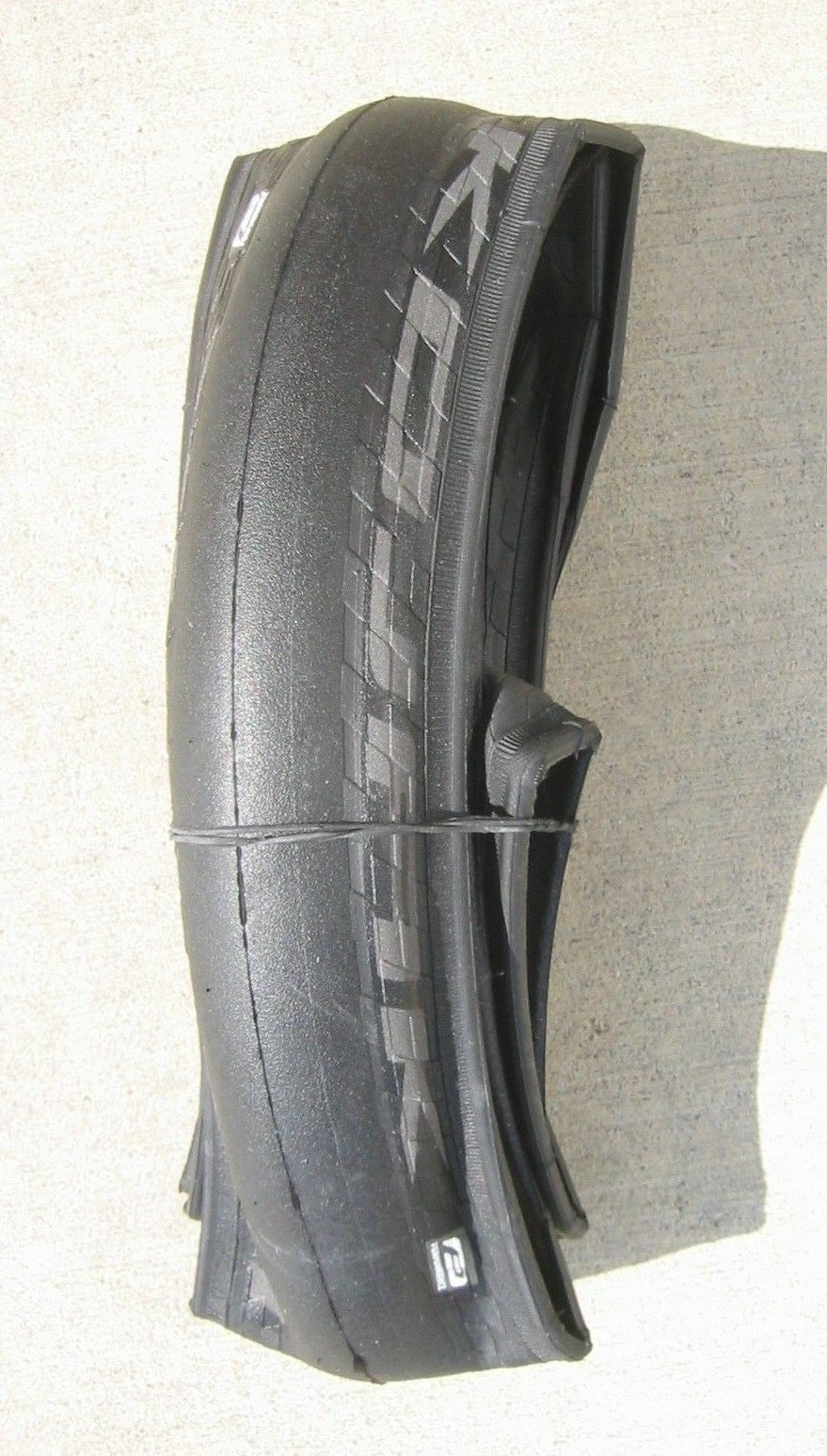 Schwalbe KOJAK 700x35c   HS385   35-622  330 grams Kevlar Folding Tire  find your favorite here