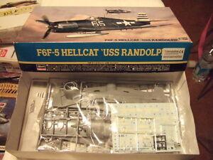 """1 48 scale HASEGAWA GRUMMAN F6F-5 HELLCAT """" USS RANDOLPH """" Kit N° JT 189 - Italia - 1 48 scale HASEGAWA GRUMMAN F6F-5 HELLCAT """" USS RANDOLPH """" Kit N° JT 189 - Italia"""