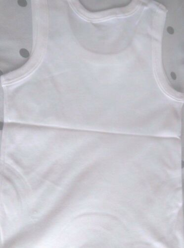 BOYS WHITE 100/% COTTON SLEEVELESS SOFT MADE IN UK VEST SIZE IN AGE 1-11 YEARS