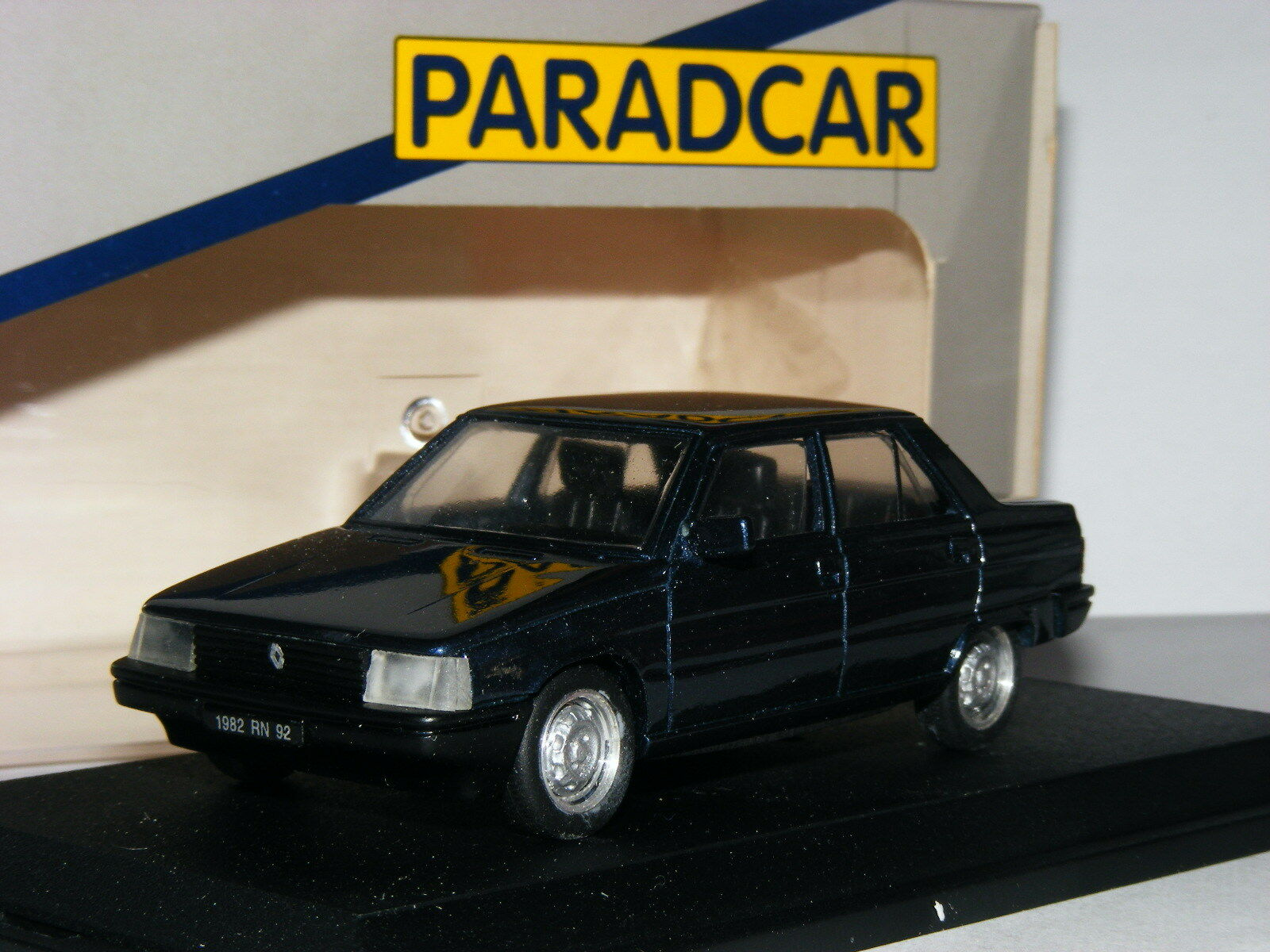 Paradcar 039 1982 Renault 9 4-Door Saloon Metallic bluee 1 43