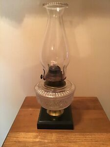 NICE-Antique-Banner-Pedestal-Cast-Iron-Brass-Fancy-Oil-Lamp
