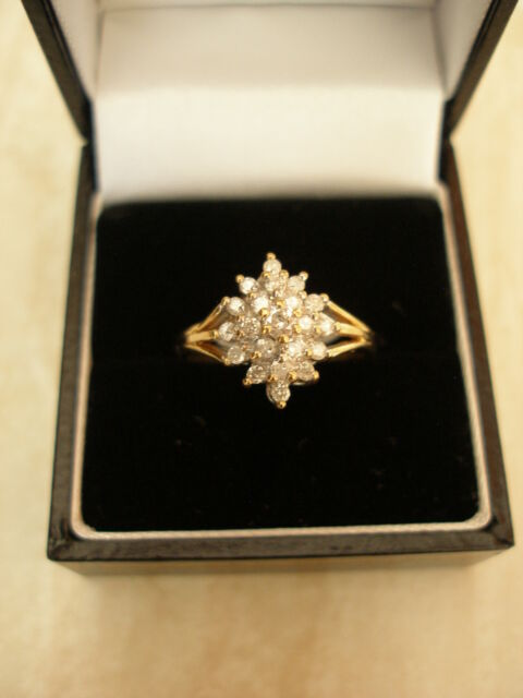 9 CARAT GOLD DIAMOND CLUSTER RING MADE IN ENGLAND BRAND NEW IN BOX