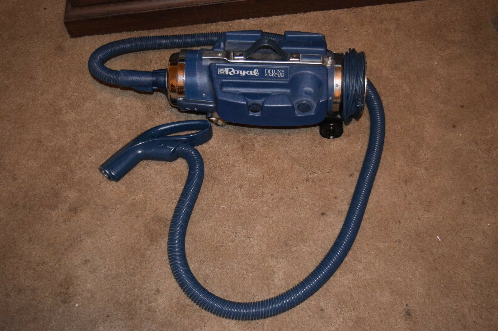 Royal 4700 Classic Power Team Canister Vacuum Cleaner Power Nozzle Base & Hose
