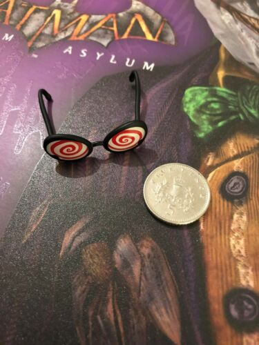 Hot Toys Batman Arkham Asylum VGM27 Joker Glasses loose 1/6th scale
