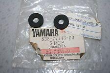 nos Yamaha snowmobile hood vent rubber washers 2 pcs. et250 et340 srx ex440