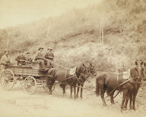 Gold-wagon-with-guards-leaves-Homestake-Mine-in-South-Dakota-Photo-Print