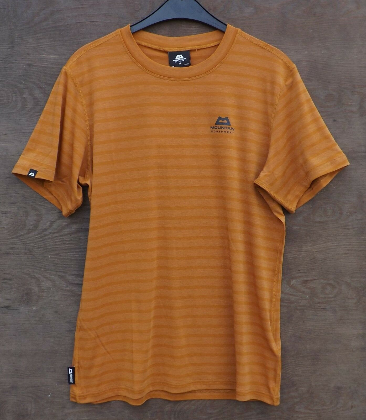Mountain Equipment Groundup Tee Men, Funktionsshirt, pumpkin stripe, Gr. M