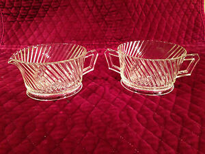 Vintage-Depression-Era-FEDERAL-GLASS-Diana-Swirl-Pattern-SUGAR-BOWL-amp-CREAMER