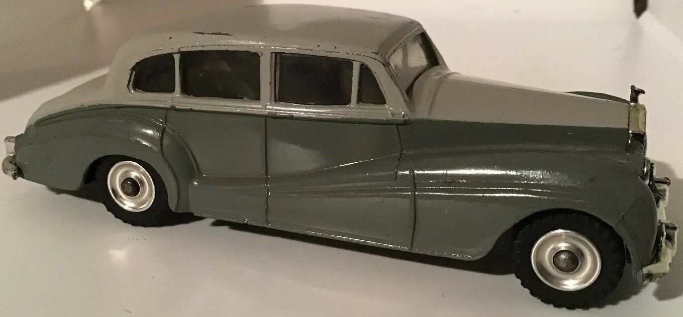 Compra calidad 100% autentica Vintage Dinky Dinky Dinky Juguetes  150 'Rolls Royce plata Wraith' súper Estado para su edad  Ven a elegir tu propio estilo deportivo.
