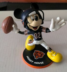 Mickey Mouse CHICAGO Bears Danbury Mint Figurine Disney Jersey number 02