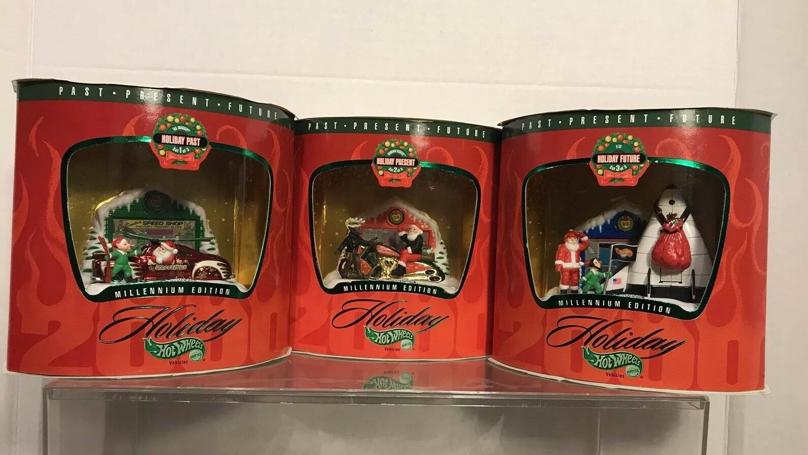 Hot Wheels Holliday Millennium Edition set of 3 1 64S NIB