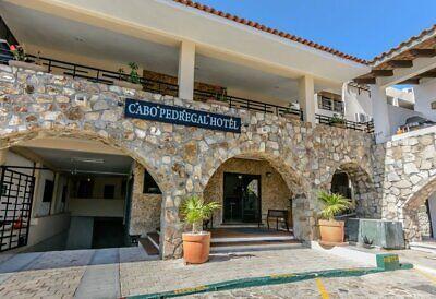 Hotel Cabo Pedregal en Venta operando