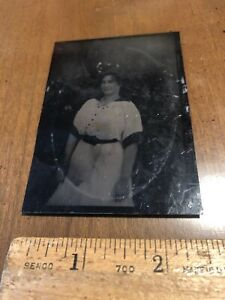 Antique Civil War Era Women Tintype Tin Type Photo Photograph Vintage