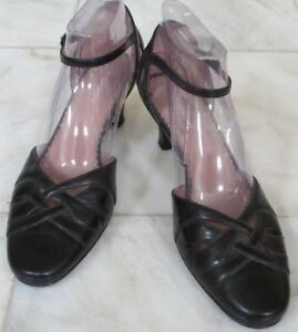naturalizer-Women-black-leather-Shoes-mary-jane-med-heels-Size-9-m