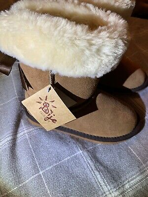 Kids Ugg Boots Brown Sheepskin Boots Size 13 New With Tags   eBay