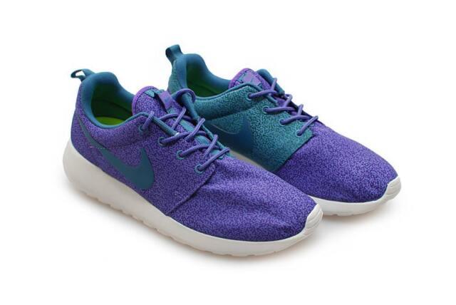 meet c1edb cff1d ... FEMMES NIKE ROSHE RUN imprimé - 599432 551- purple haze baskets