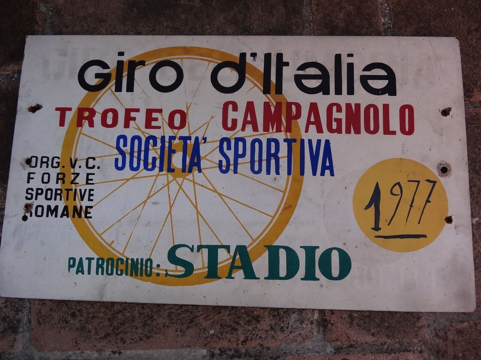 Giro D'Italia 1977 Campagnolo plate cycling for flagships  Vintage. L'Eroica. woo  global distribution