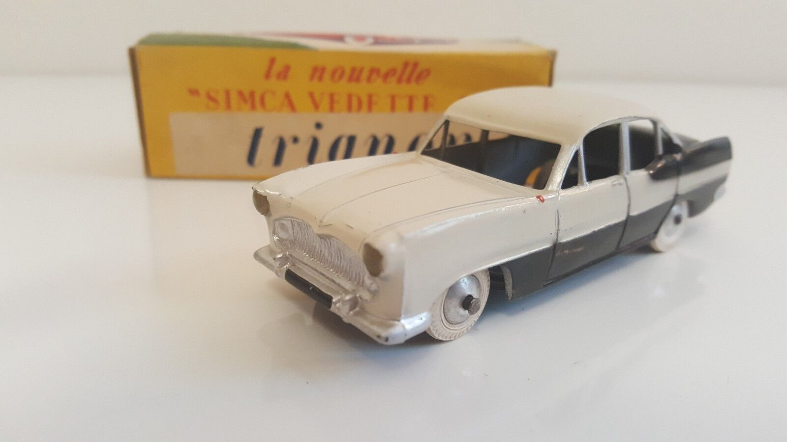 Quiralu-simca vedette 55 trianon in original box (prod. jan apr 56) vn mib