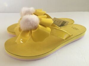 e1263b791ff Womens Ugg Poppy Sheepskin Pom Pom Thong Sandals Shoe Flip Flop Size ...
