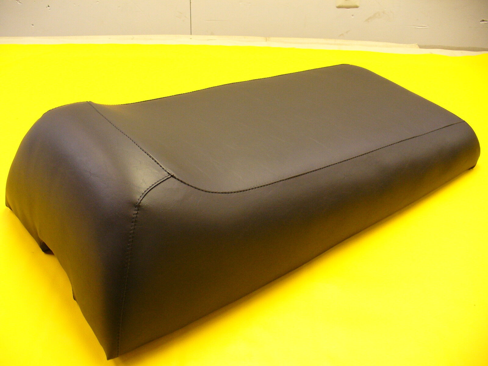 76-78  JOHN DEERE  LIQUIFIRE SNOWMOBILE SEAT COVER  NEW
