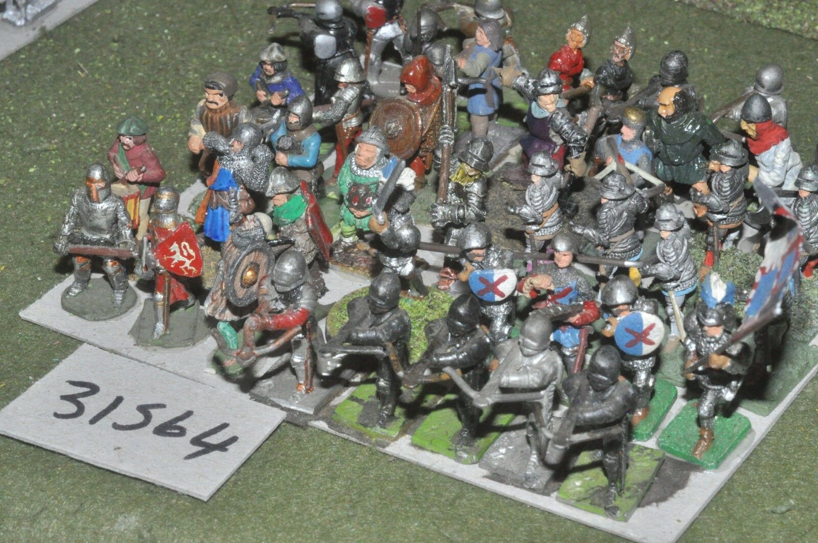 25mm medieval   generic - mixed (as photo) 42 figures - inf (31564)