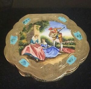 Rare-Euro-Vintage-Vermeil-Hand-Painted-Enamel-on-Silver-Compact-Romantic-Scene