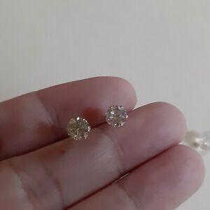 Diamond-solitaire-earring-k18-1carat-tct