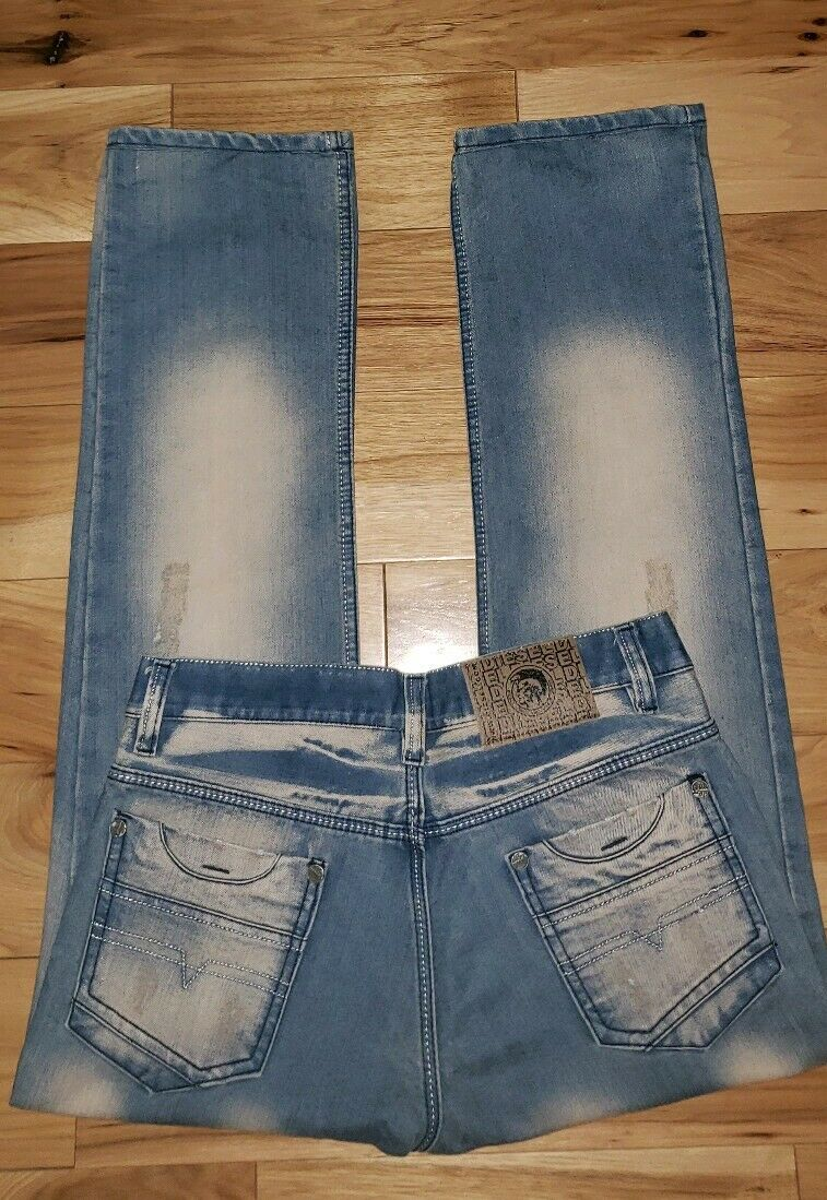 DIESEL Industry Denim Jeans Distressed STRAIGHT LEG Button Fly Mens 32x29 Men's