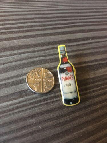 UK SELLER PIMMS Pin Badge Alcohol Beverage Beer Novelty Enamel