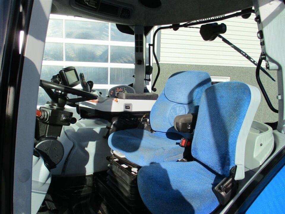 New Holland, T 7070 AC Med frontlift, timer 6086