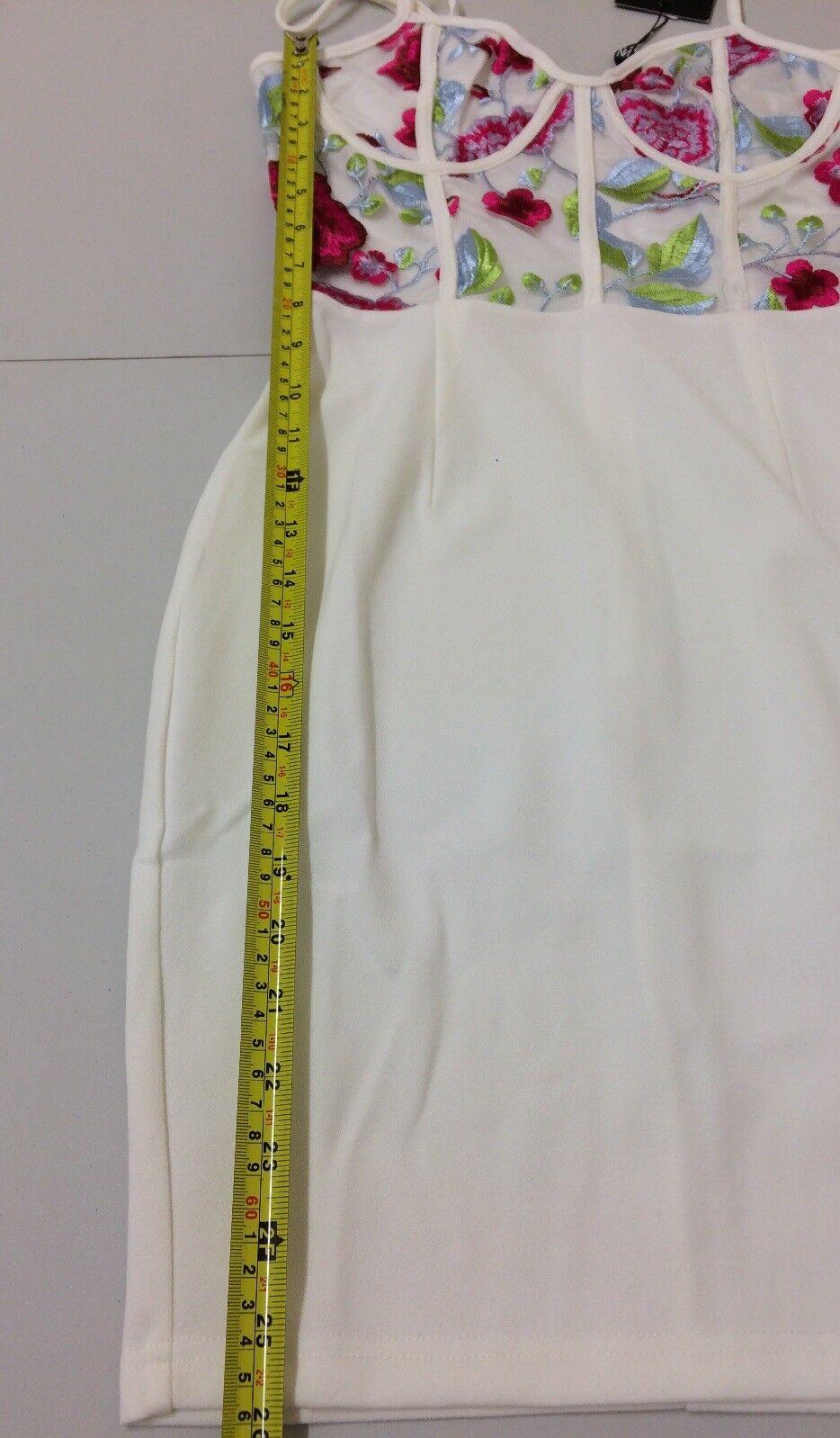 NaaNaa bianca rosa RICAMATO Vestito Bodycon Bodycon Bodycon Lunghezza Mini Taglia 6 RRP  BOX e 93 082740