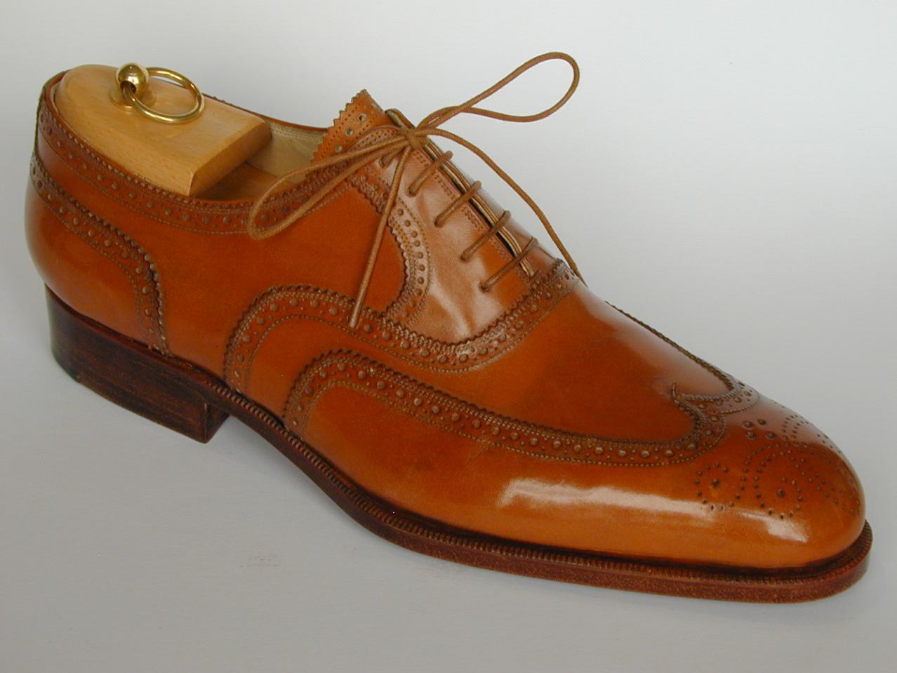 Handmade Men Tan brown wingtip brogue formal leather shoes Men brogue dress shoe