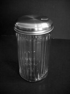 Vintage-Anchor-Hocking-Glass-Sugar-Dispenser-Retro-Shaker-Metal-Lid-Flip-Top