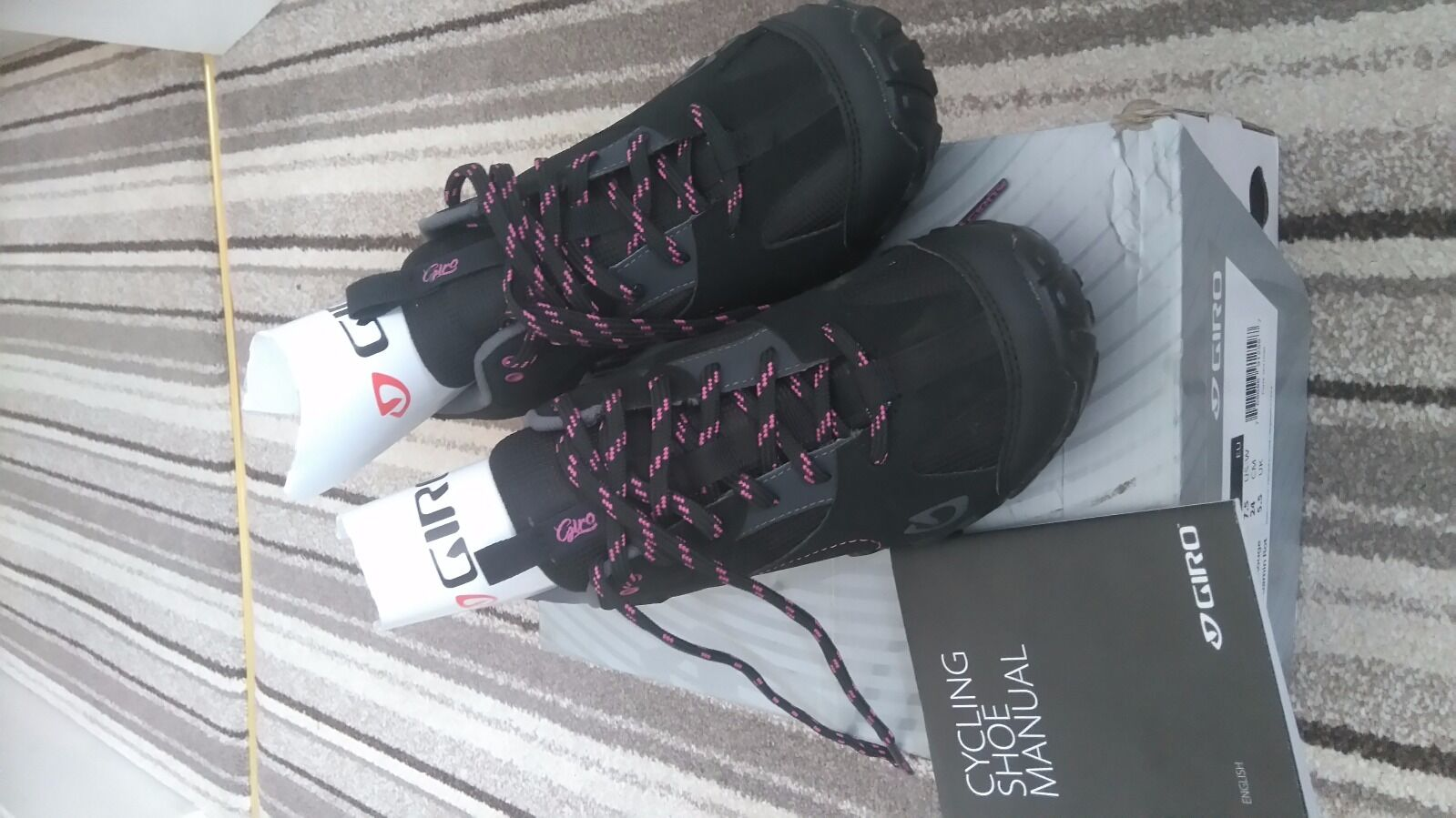 Giro Petra cycling shoes Brand new in box, Euro size 37,