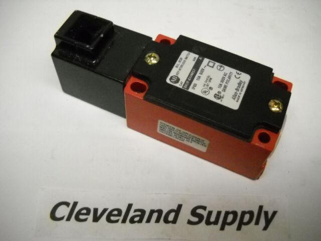 ALLEN BRADLEY 802F-E60MS2 SAFETY INTERLOCK SWITCH NEW CONDITION / NO BOX