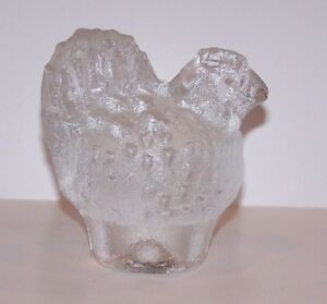 LOVELY-VINTAGE-KOSTA-BODA-SWEDEN-ART-GLASS-CHICKEN-HEN-FIGURINE-PAPERWEIGHT
