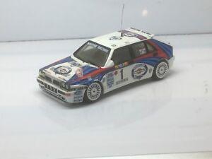 Code 3 1/43 Voiture de rallye Lancia Martini Racing par 43 France